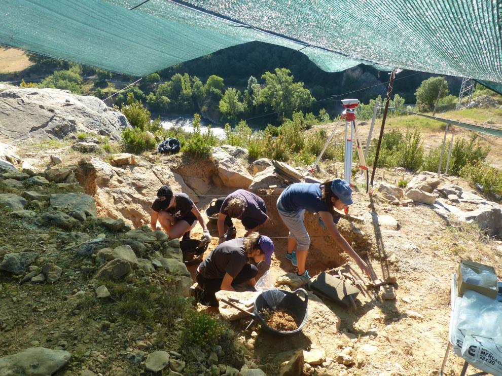 Arranca una nueva campaña de excavaciones arqueológicas en el yacimiento de Arén
