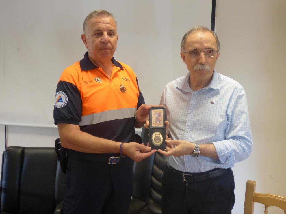 Protección Civil y bomberos homenajean a Jaime Facerías