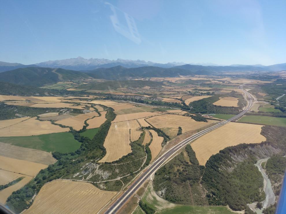 La autovía del Pirineo desde el aire