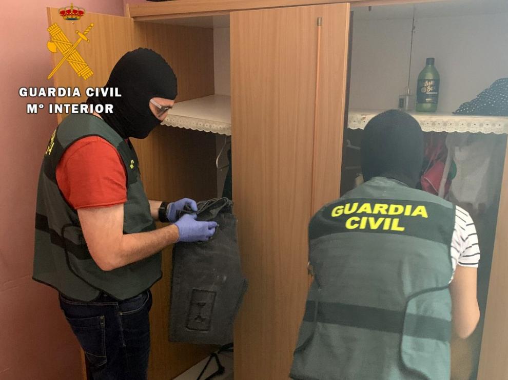 La Guardia Civil detiene a cinco personas y esclarece 43 delitos de robo en la provincia de Huesca