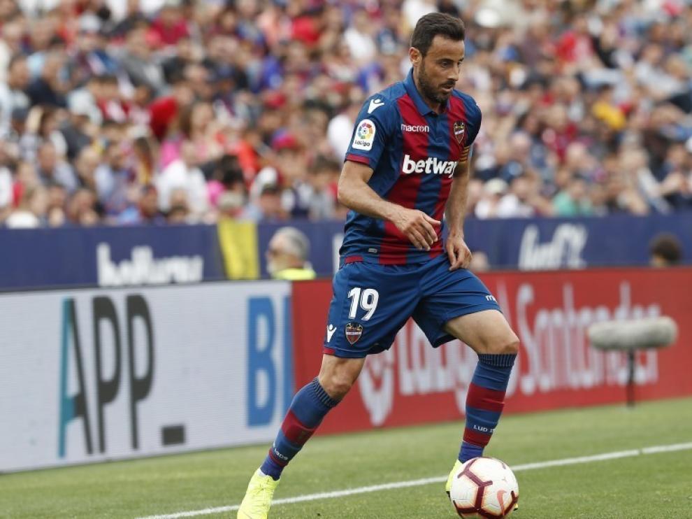 Pedro López llega al Huesca para aportar experiencia a la defensa azulgrana