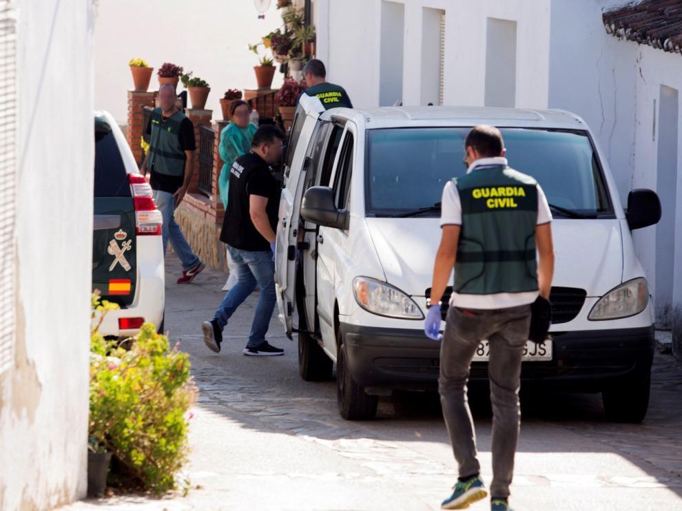 Hallan muerta a una pareja en Málaga