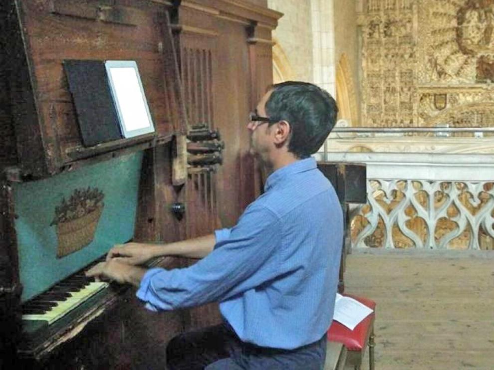 Luca Purchiaroni, preparado para tocar este viernes en Roda de Isábena
