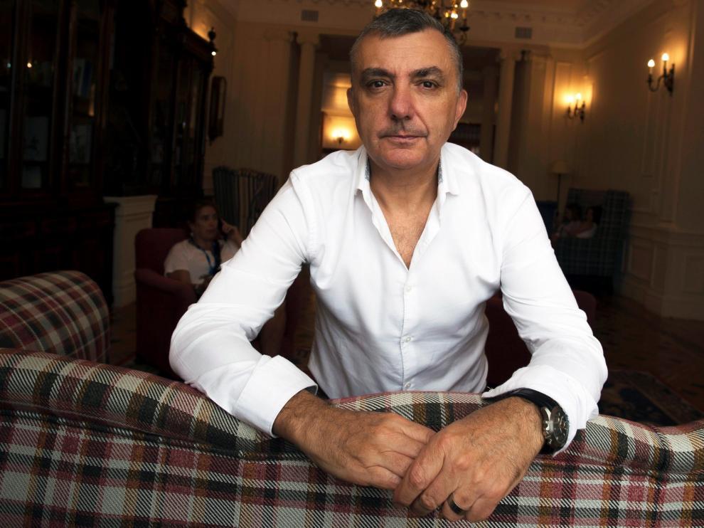 """Manuel Vilas: """"A veces tengo miedo de que el español se fragmente"""""""