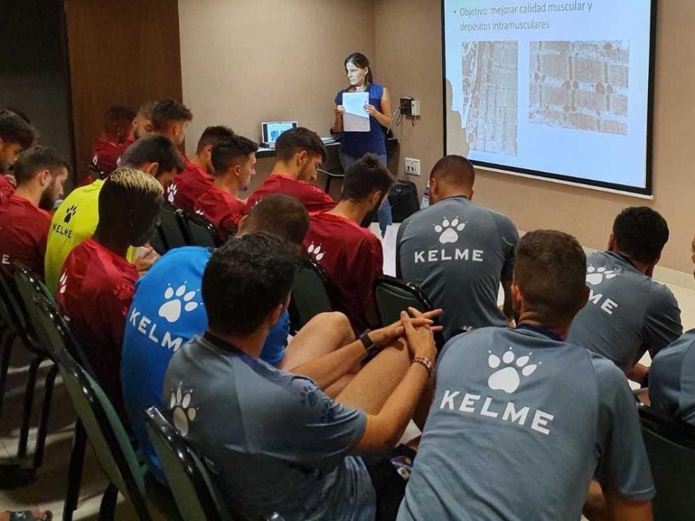 Fernando Sarasa valora cómo han llegado los jugadores del Huesca a la pretemporada