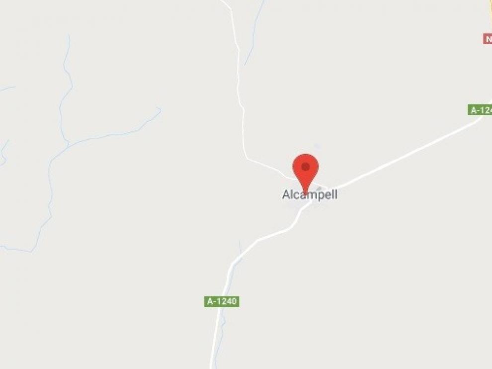 Cuatro personas resultan heridas al salirse de la calzada un turismo en Alcampell