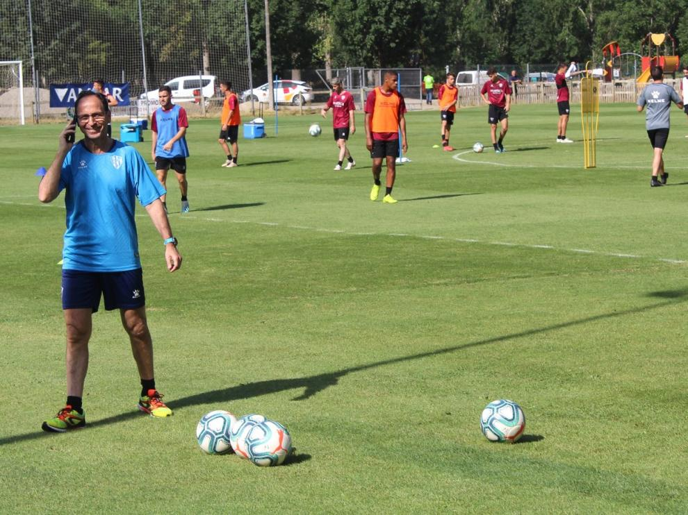 """Fernando Sarasa: """"Un futbolista debe cuidarse como un atleta"""""""