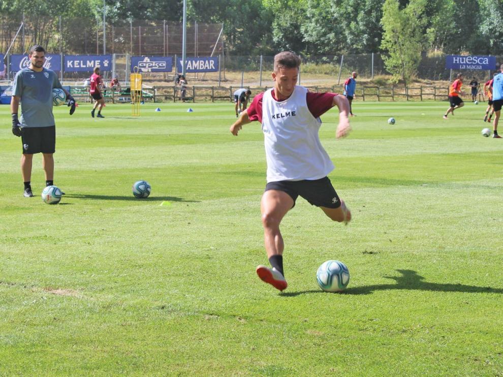 """Escriche: """"Mi decisión siempre fue venir al Huesca"""""""