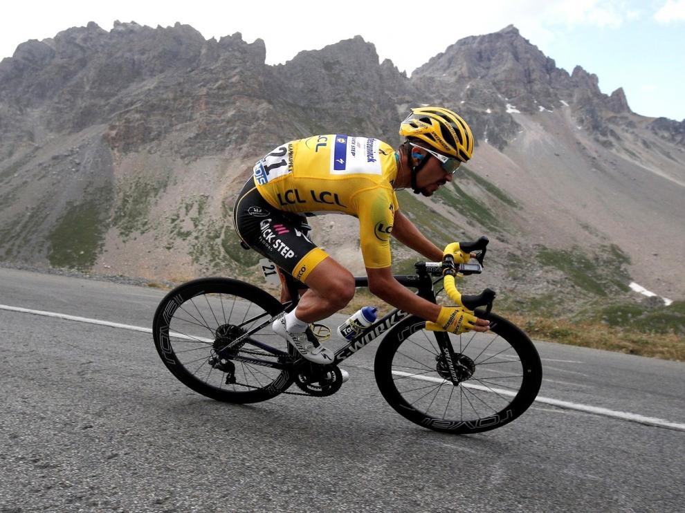 Quintana gana en los Alpes, Bernal sube al podio y Alaphilippe sigue líder