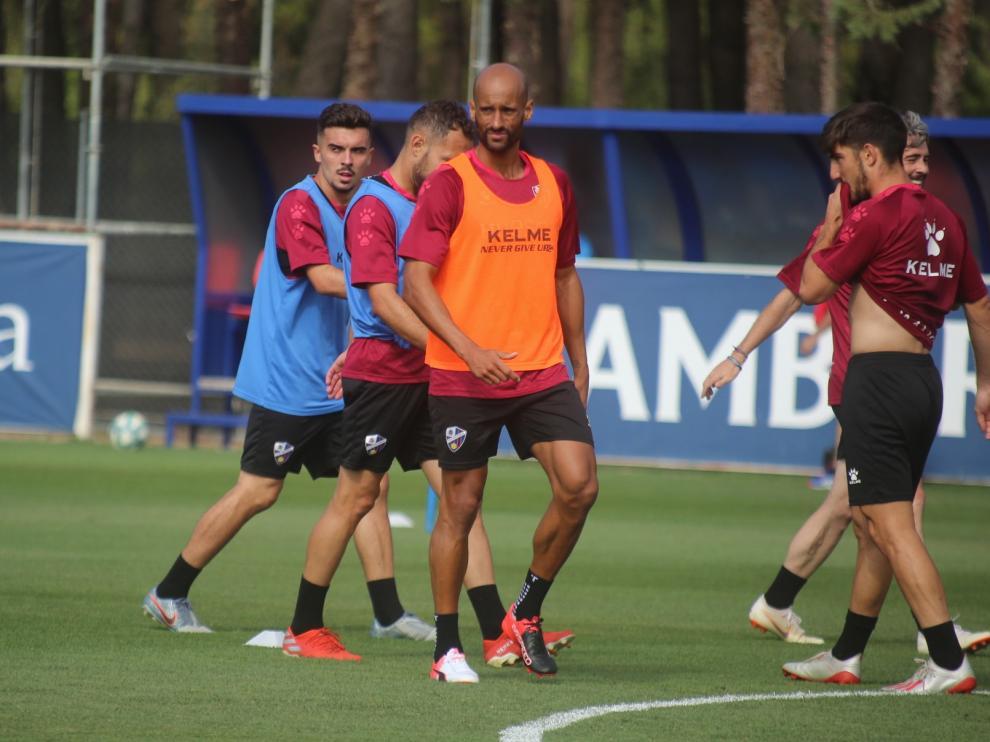 El Levante pone a prueba el trabajo del Huesca en Benasque