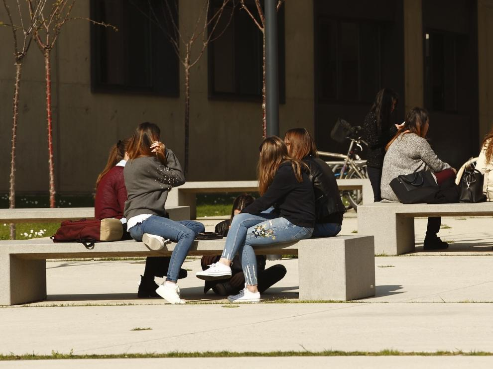 Convocadas 800 becas de movilidad para estudiantes universitarios aragoneses