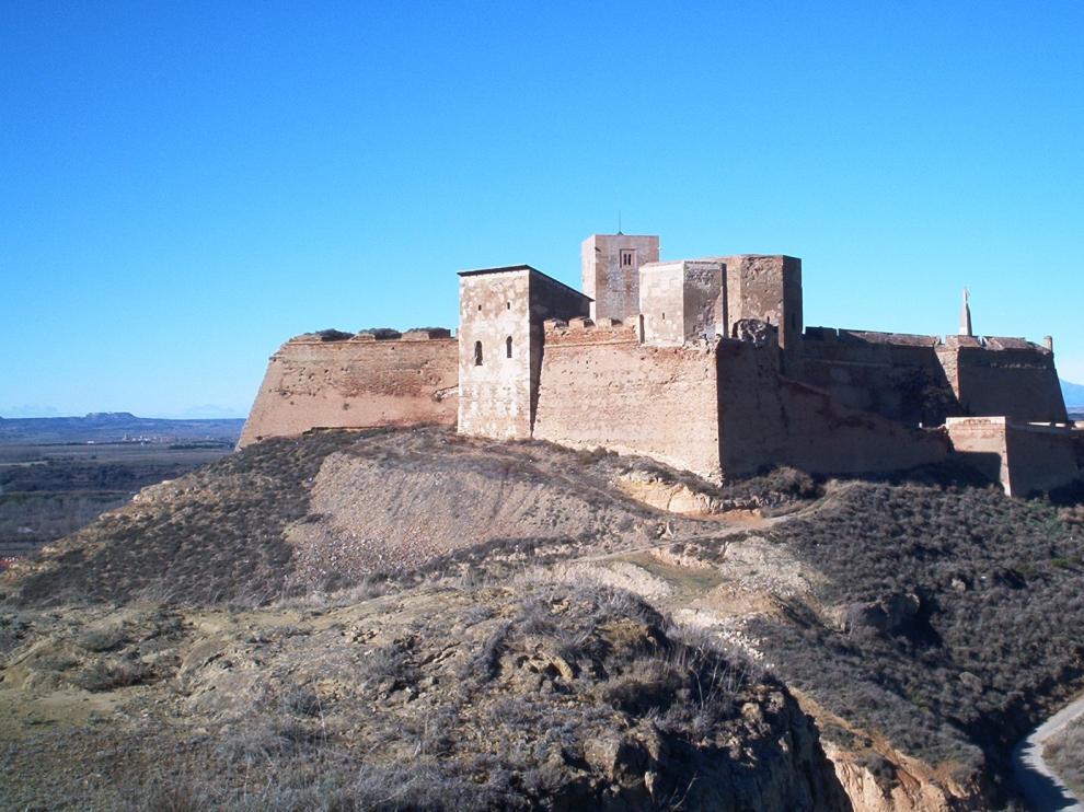 El Castillo de Monzón abrirá todos los días durante el mes de agosto