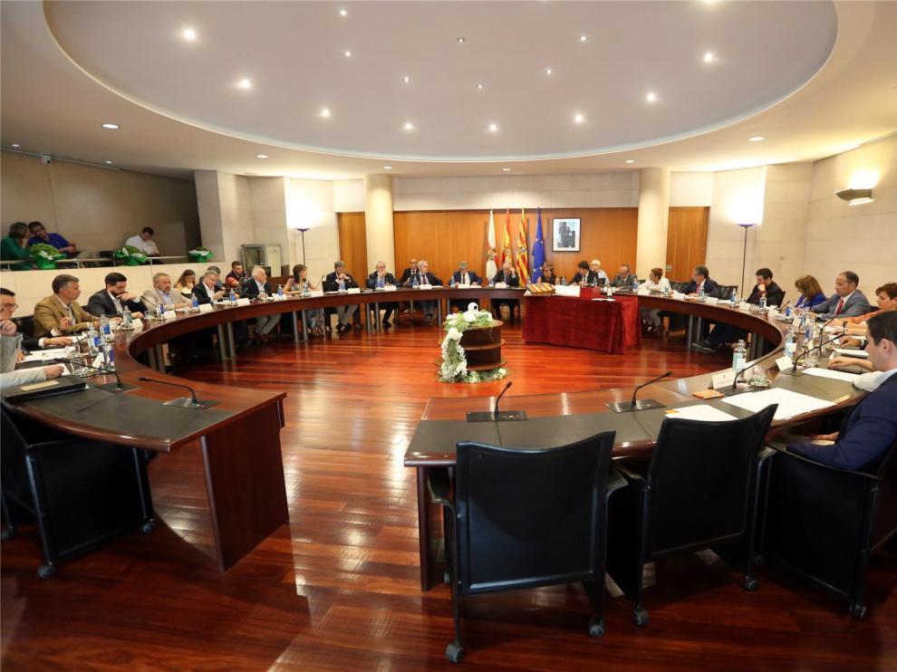 La Diputación de Huesca renueva su organización para el apoyo a los municipios y afrontar el reto demográfico