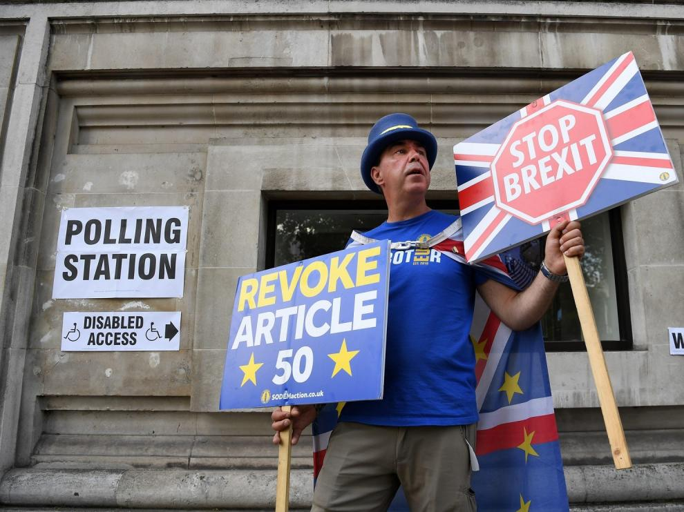 """Bruselas y Londres no avanzan sobre el proceso de """"brexit"""""""