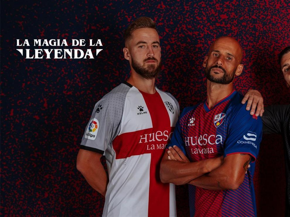 El Huesca presenta sus nuevas equipaciones para la temporada 2019/20