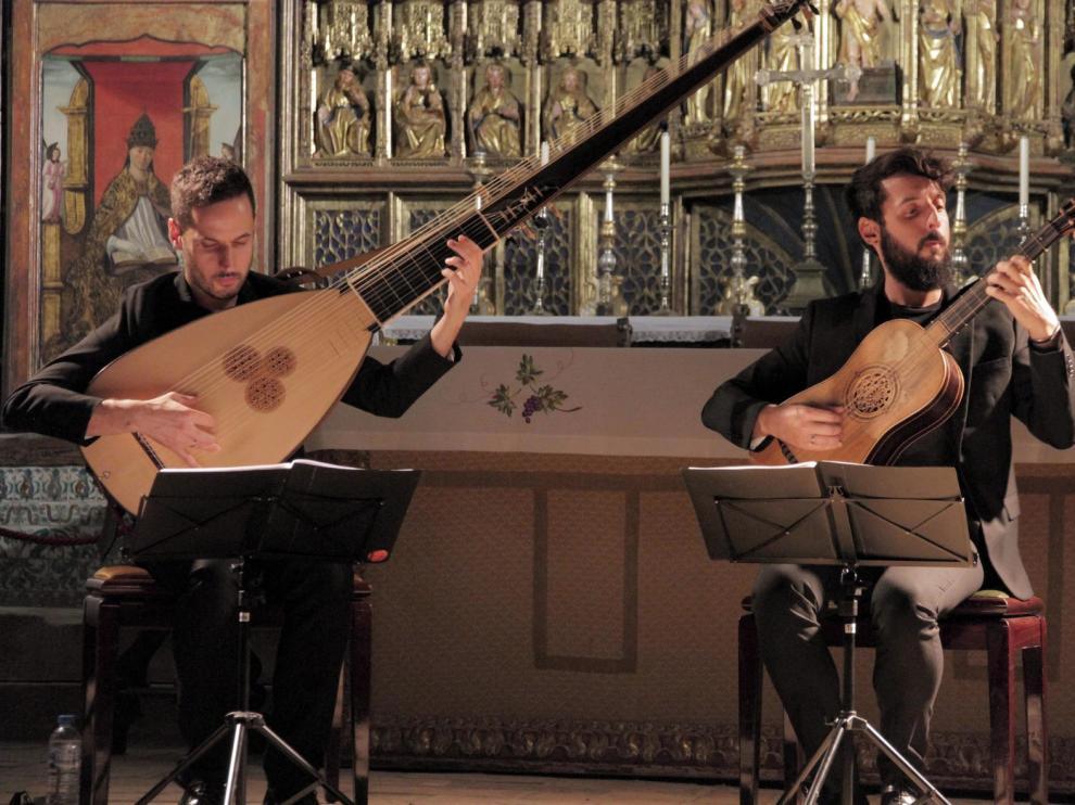 Los hermanos Zapico gustan con su gran fusión barroca
