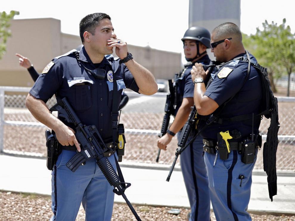 Al menos 20 muertos y 26 heridos por un tiroteo en un centro comercial de El Paso (Texas)