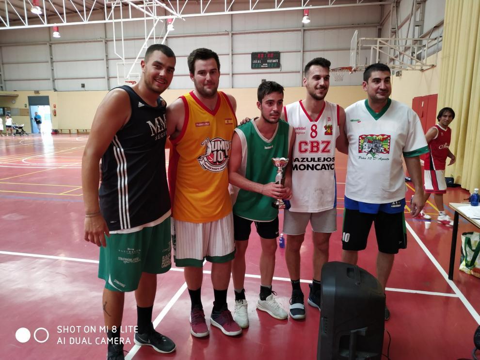 Los que Faltaban se llevan un gran Torneo 3x3 Prelaurentis de Baloncesto