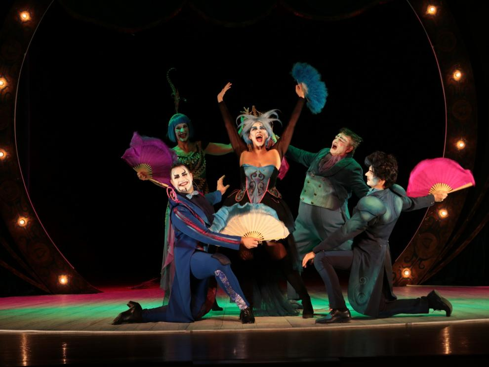 """Diversión con """"The Opera Locos"""" en Barbastro"""