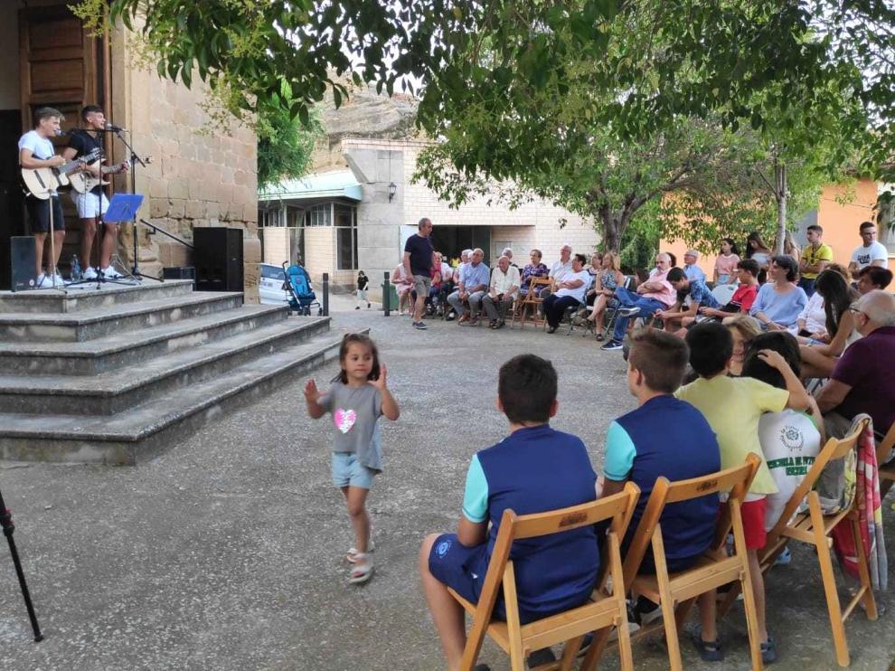 Animación en Labata en el Día del Municipio