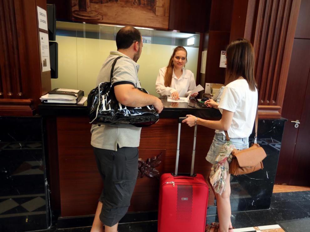 """El """"lleno total"""" se roza en los hoteles de Huesca durante el fin de semana festivo"""