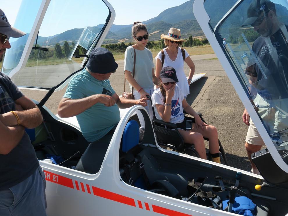 El aeródromo de Santa Cilia, un referente de vuelo adaptado en España