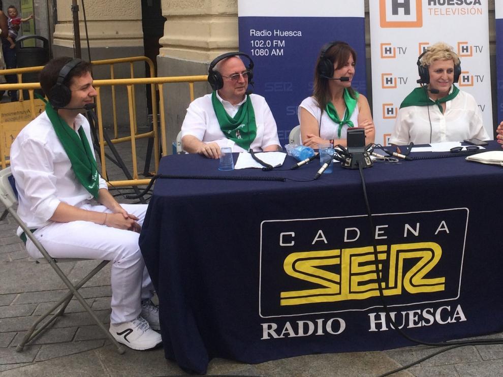 Radio Huesca y Huesca TV se tiñen de blanco y verde