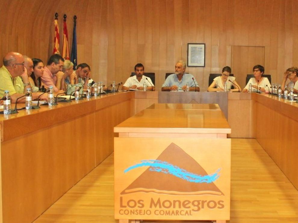 La Comarca aprueba el traspaso de la extinción de incendios a la DPH