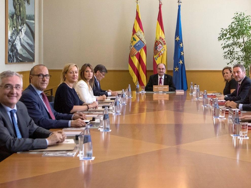 El Consejo de Gobierno elige a trece nuevos cargos ejecutivos
