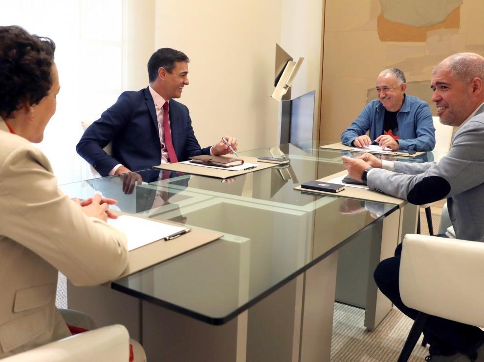 Sánchez retoma a fin de mes las negociaciones de Gobierno