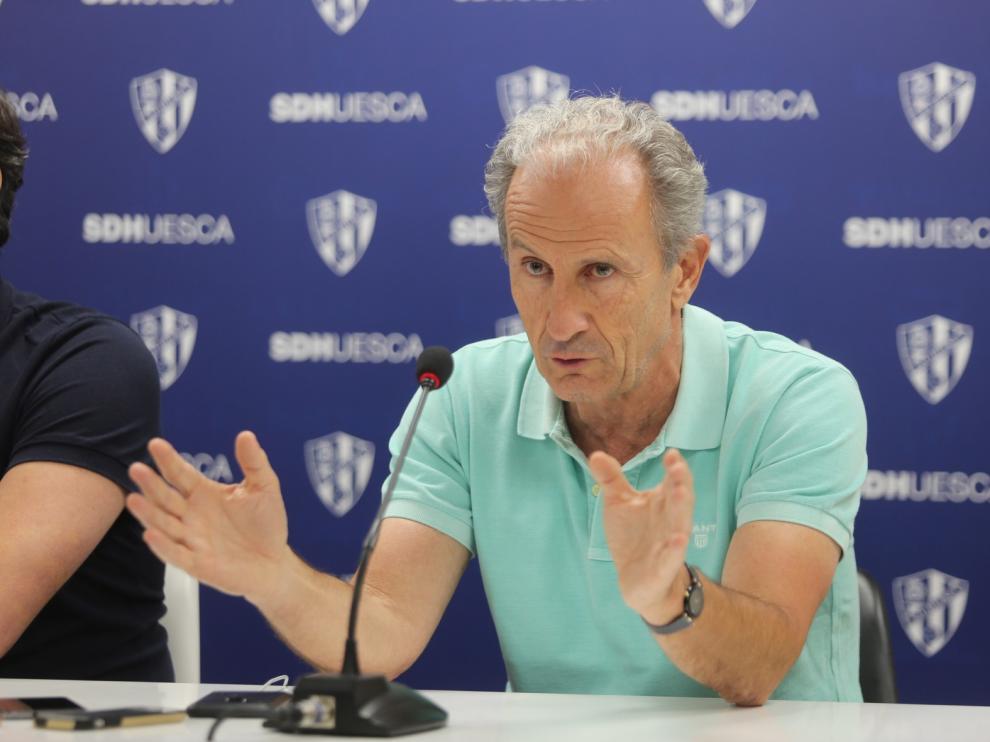 """José Antonio Martín """"Petón"""": """"Merecemos pensar en el ascenso porque la plantilla así se ha concebido"""""""