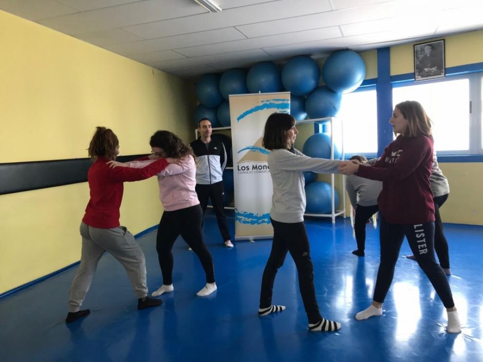 Los talleres del IAM de defensa personal llegarán a las nueve comarcas de Huesca