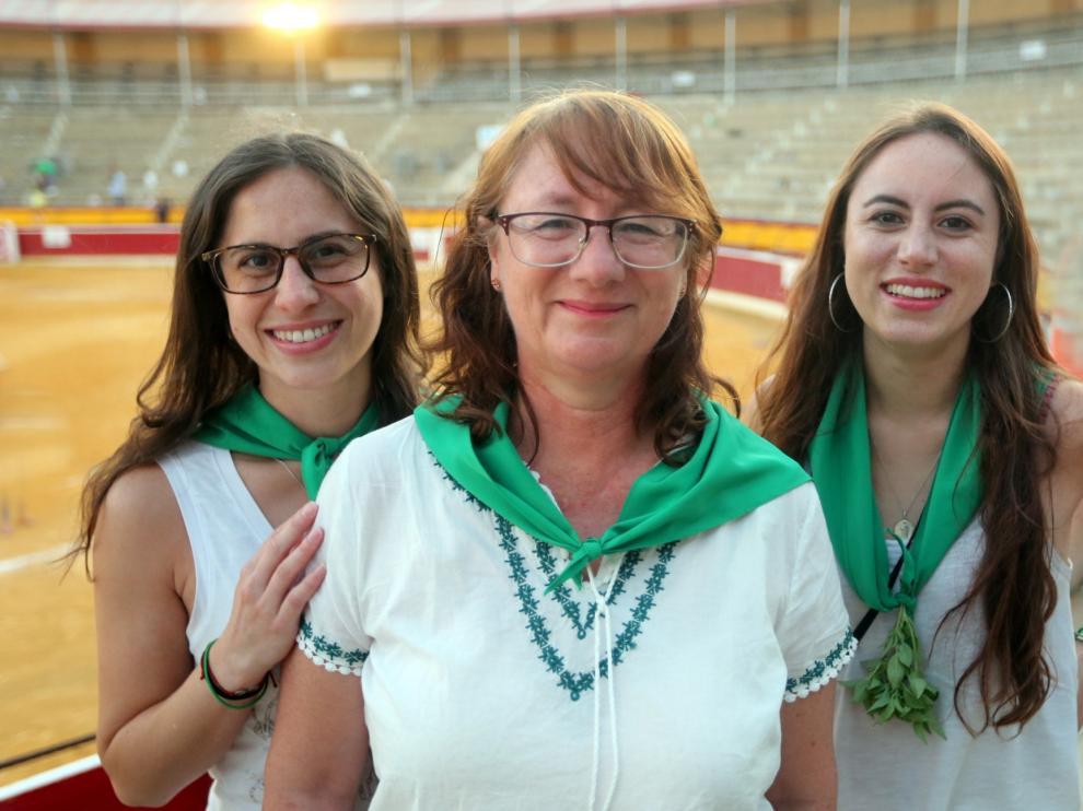 """Victoria Donoso Calvo: """"Vivir las fiestas y escuchar una rondalla ha sido muy emocionante"""""""