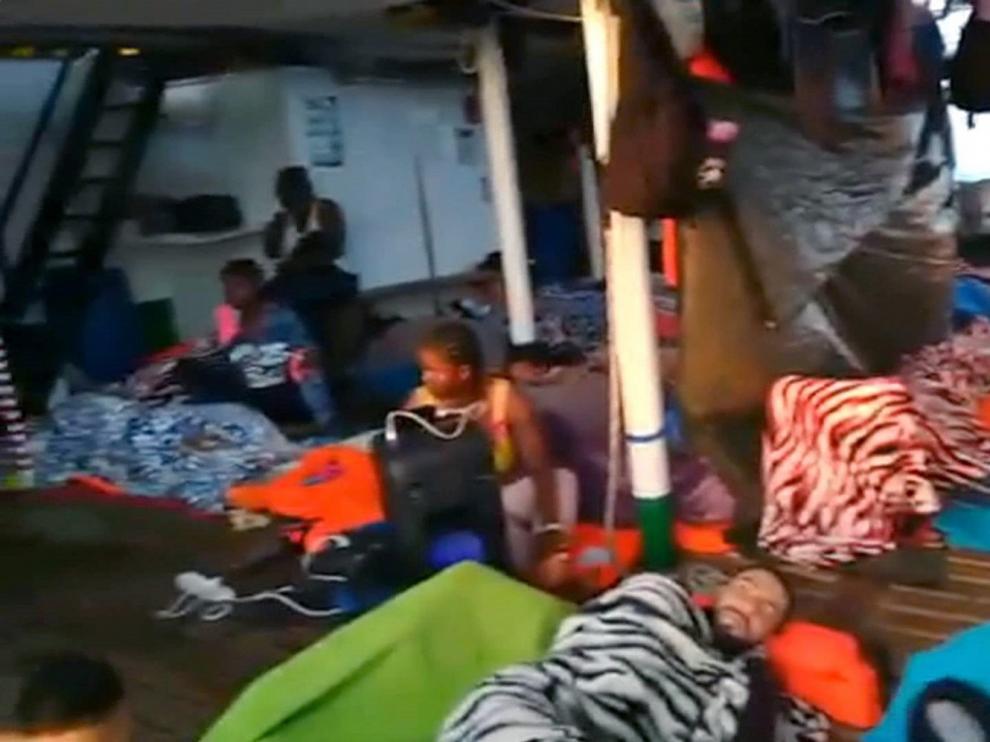 España, Francia, Alemania, Rumanía, Portugal y Luxemburgo se ofrecen a acoger a los migrantes del 'Open Arms'