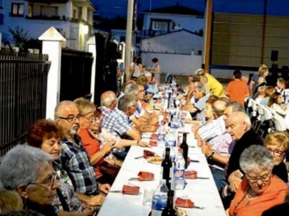 Las atracciones estrella en Peralta de Alcofea este año serán las peñas y el folclore