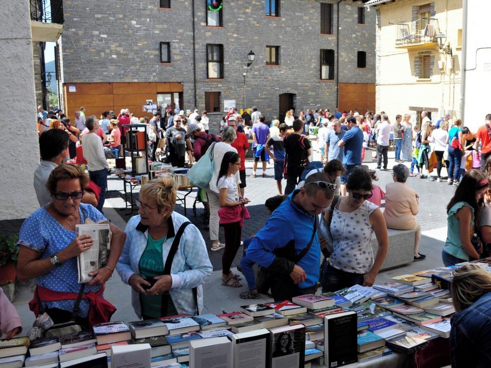 El cómic vuelve a ser la estrella de la Feria del Libro de Villanúa