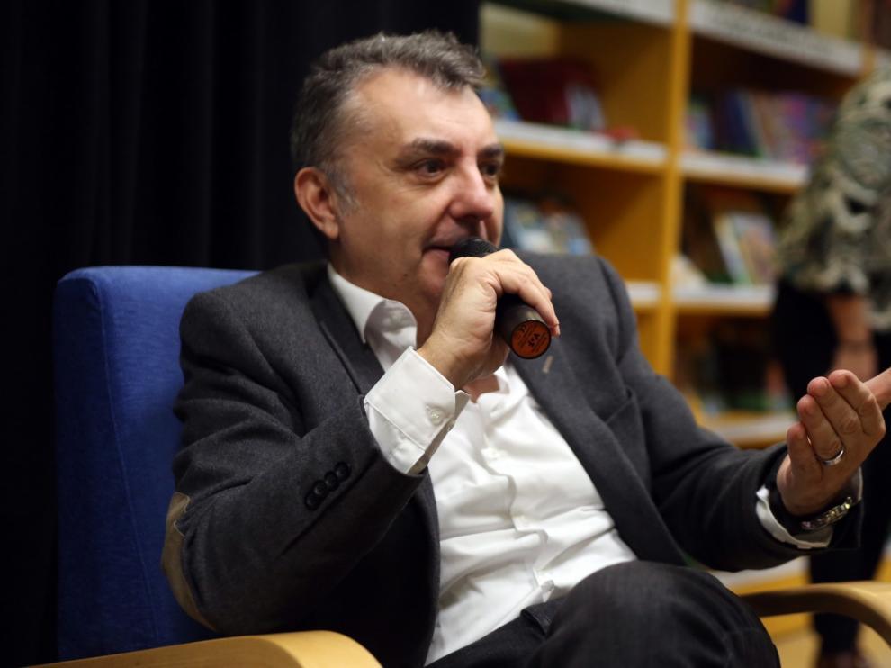 """Manuel Vilas, finalista del Premio Dulce Chacón por """"Ordesa"""""""