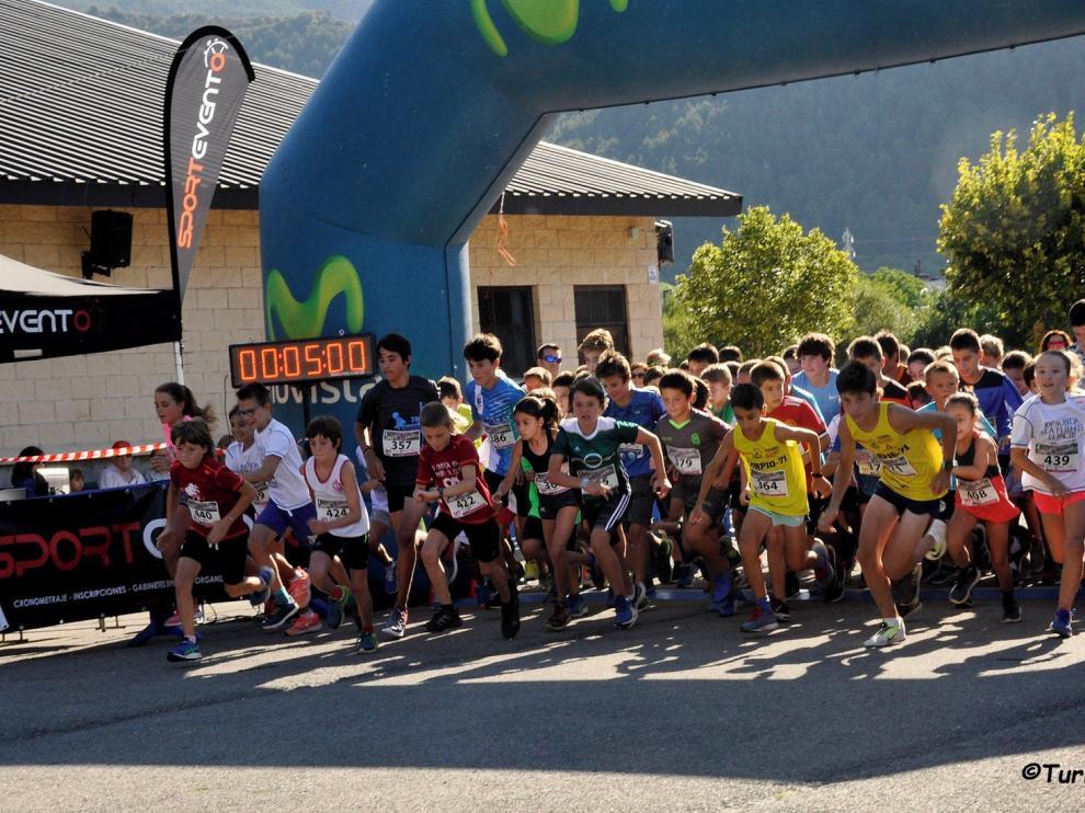 Muro y Revilla ganan en una fiesta deportiva en Villanúa