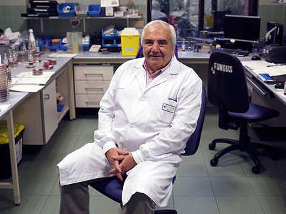 """José Ramón Cisterna Cáncer: """"La vacunación infantil ha controlado y erradicado muchas enfermedades"""""""