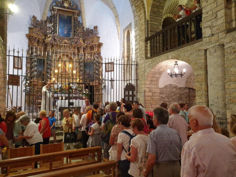 La romería a Santa Elena pone el colofón a las fiestas de Biescas