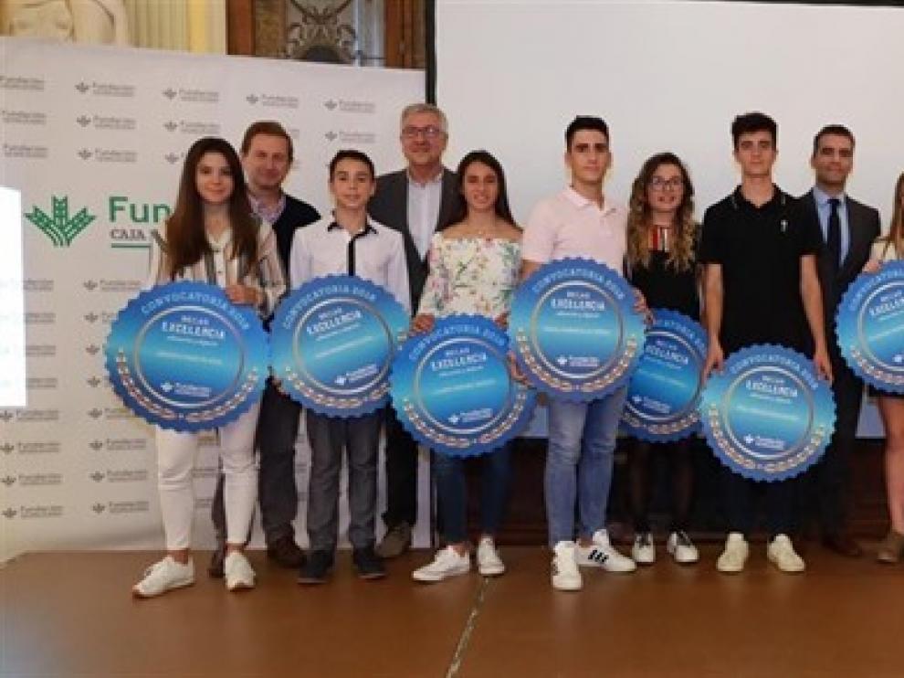 """La Fundación Caja Rural de Aragón convoca las becas """"Excelencia"""" a la educación y el deporte que eleva a 20 en esta edición"""