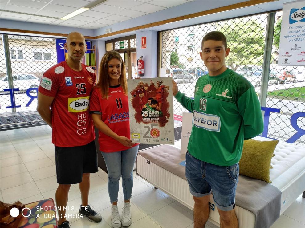 Balonmano Huesca ofrece un 3x1