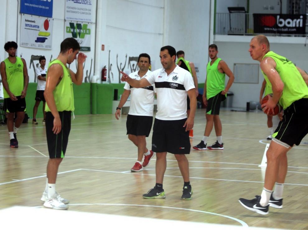 """Guillermo Arenas: """"Se va a ver un equipo alegre y valiente en la cancha"""""""
