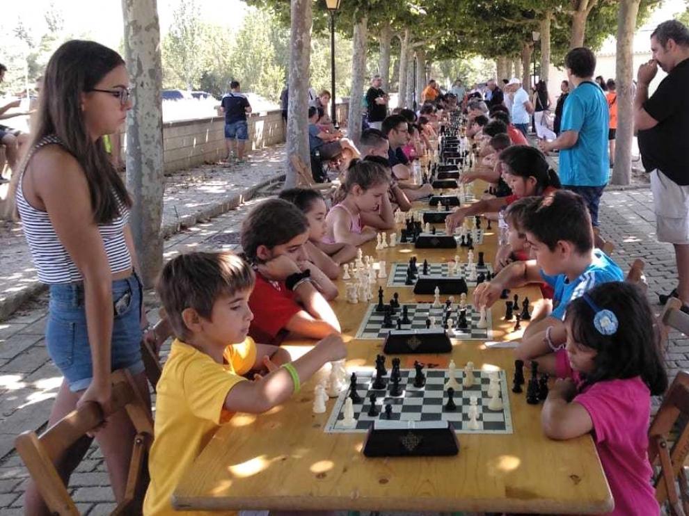 Diego Adla gana el Torneo de San Roque de ajedrez en Tardienta