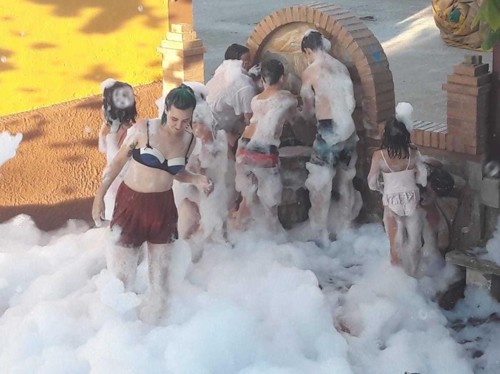La misa baturra y la fiesta de la espuma son los actos destacados en Lascasas