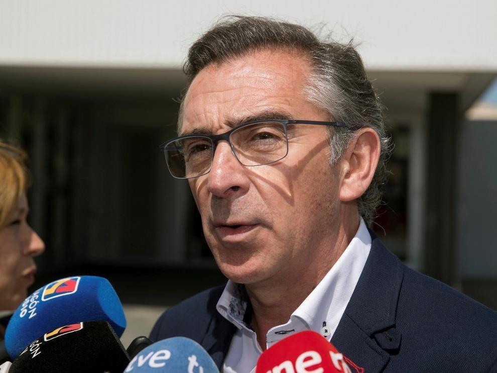 """Beamonte alerta de la """"parálisis"""" del Gobierno de Aragón y dice que la izquierda solo quiere """"colocar a los suyos"""""""