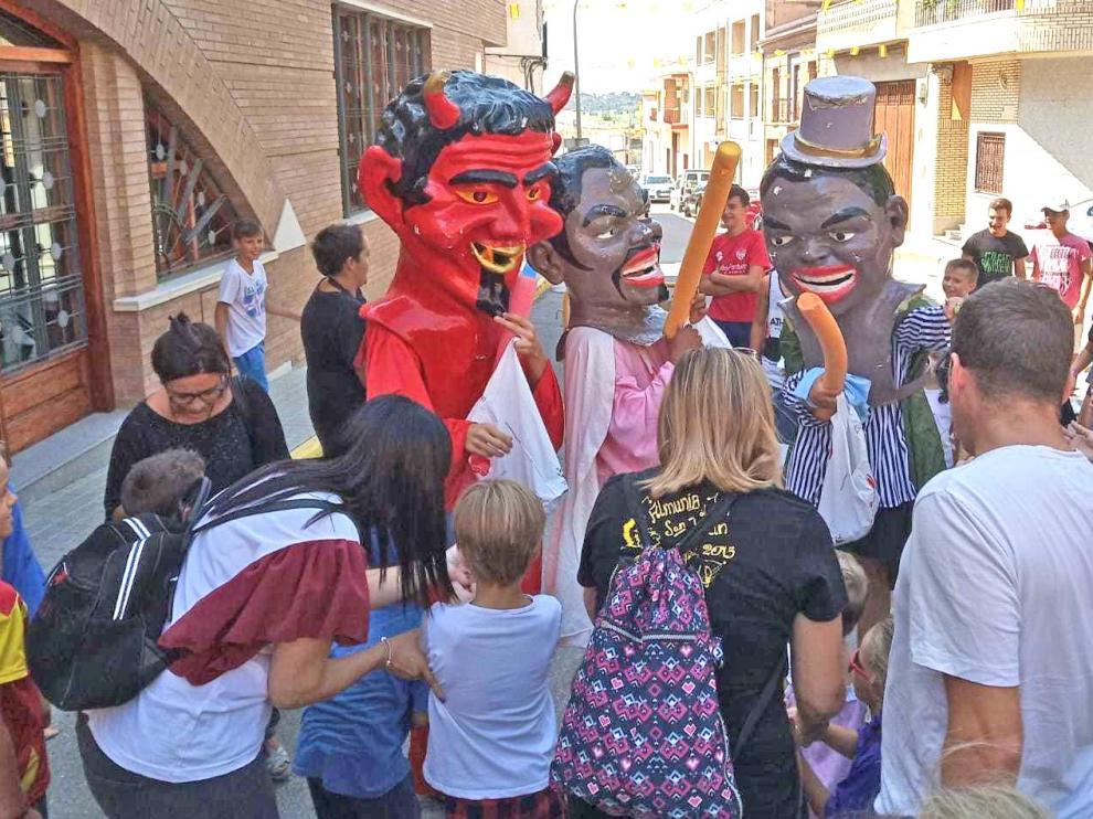 La Almunia de San Juan da el pistoletazo de salida a sus fiestas