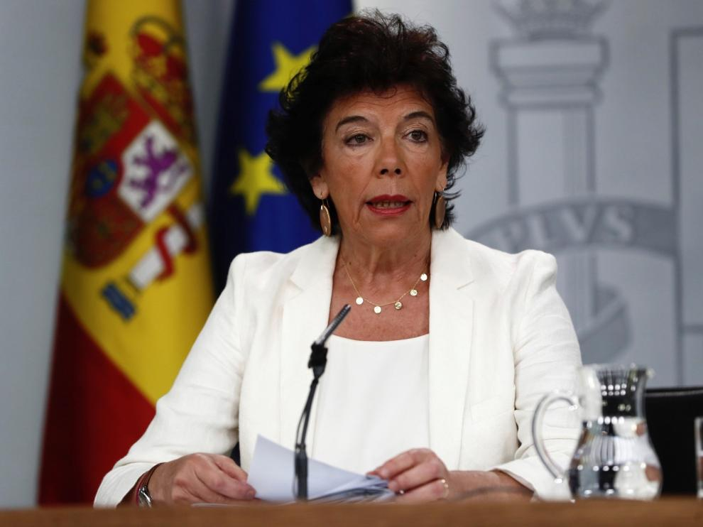 Sánchez aplaza los contactos políticos hasta septiembre