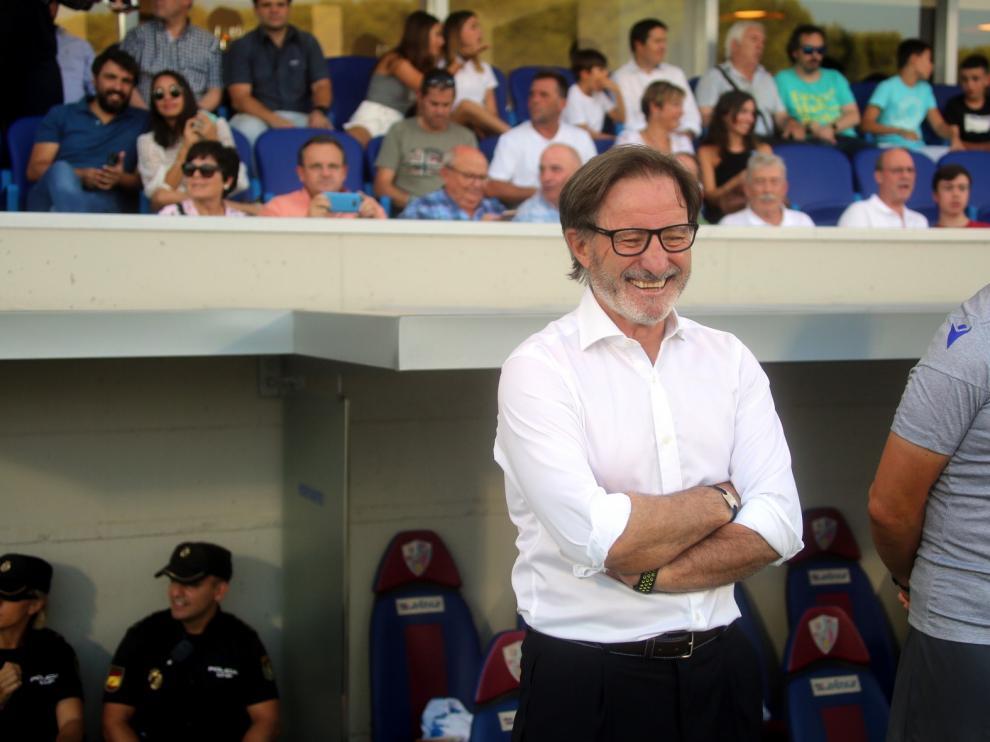 """Anquela: """"Lo que se ve en el Huesca es muy bonito"""""""