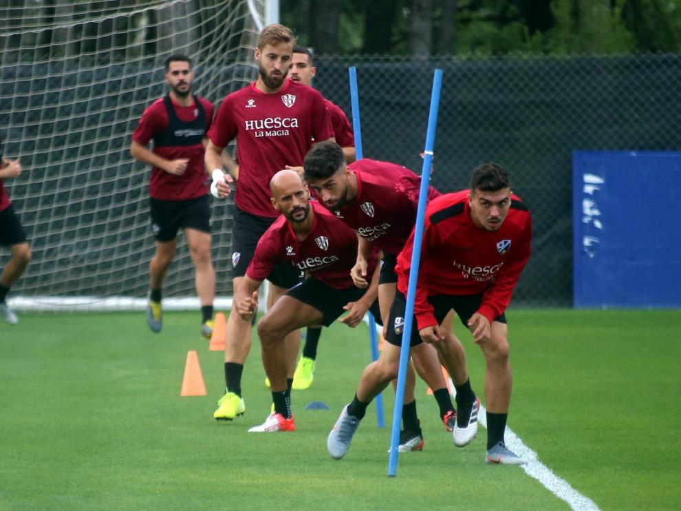 Joaquín Muñoz da el susto por un golpe en la vuelta a los entrenamientos